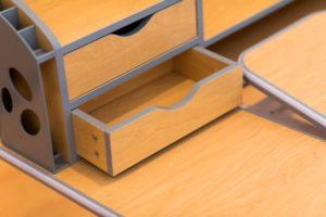 Childrens Ergonomic Desk Image 2